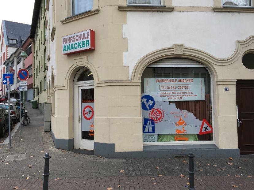 School Fahrschule Anacker - Weißliliengasse Mainz 3