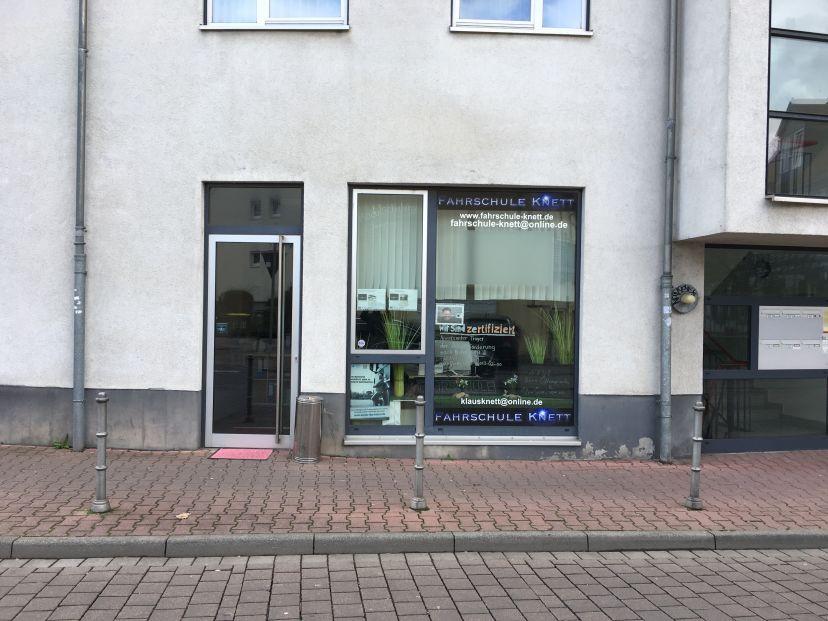 Fahrschule Knett Nieder-Eschbach 1