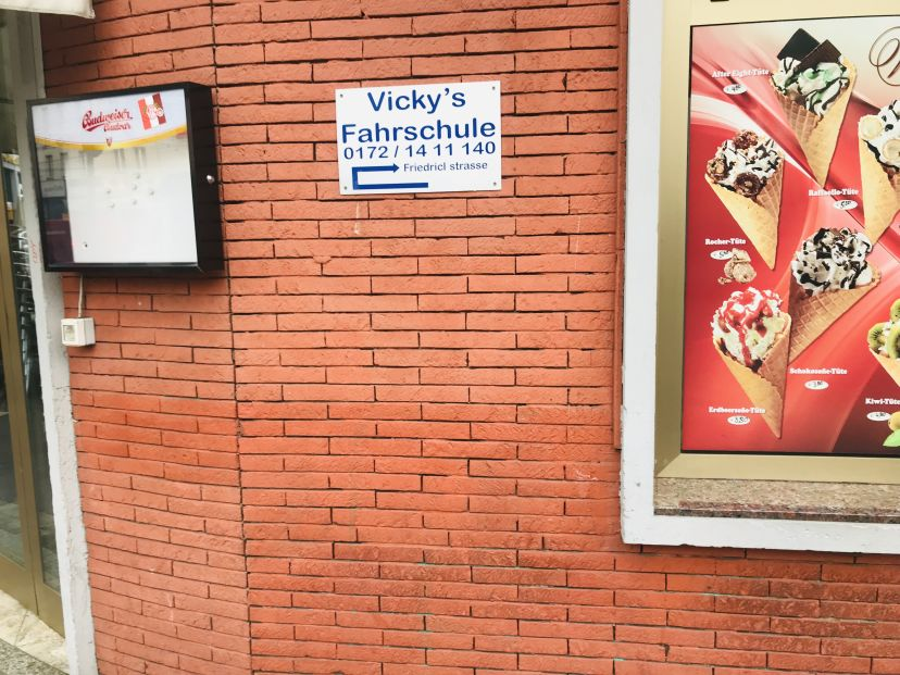 Fahrschule Vickys Köln Neustadt-Süd 1