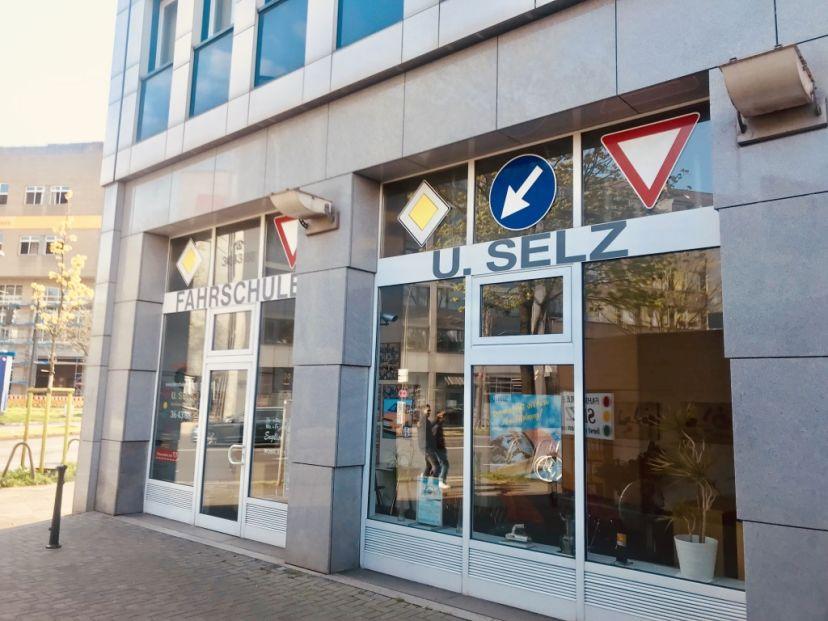 Fahrschule Udo Selz Düsseldorf 3