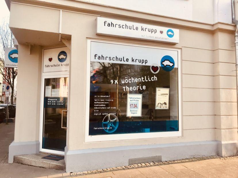 School Fahrschule Heinz Hubert Krupp Düsseldorf Friedrichstadt 3