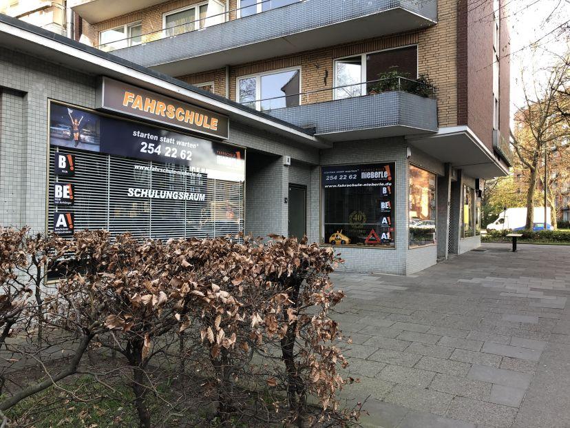 Fahrschule Nieberle, Inh. Peter Daetz Eilbek 4