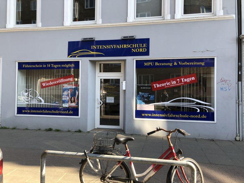School Intensivfahrschule-Nord Ottensen 1