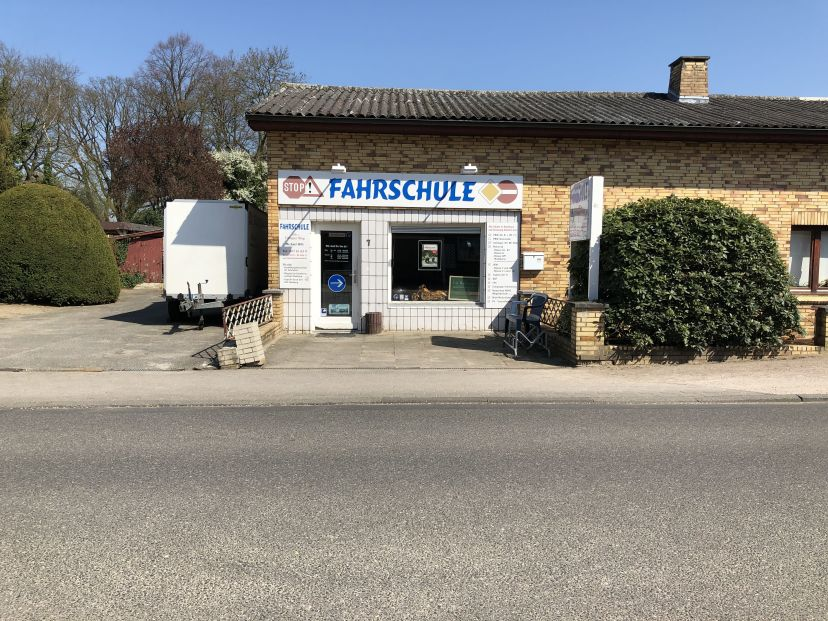 School Fahrschule am GmbH Lottbek 1