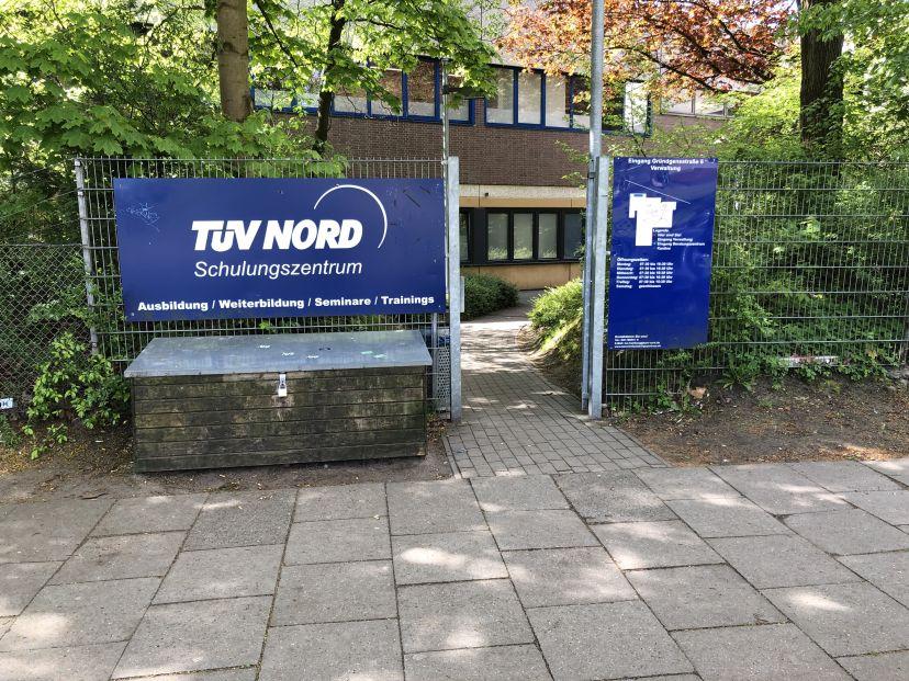 Fahrschule Prüfungsausschuss für amtl. Sportbootführerscheine u. Funkzeugnisse Hamburg Steilshoop 1