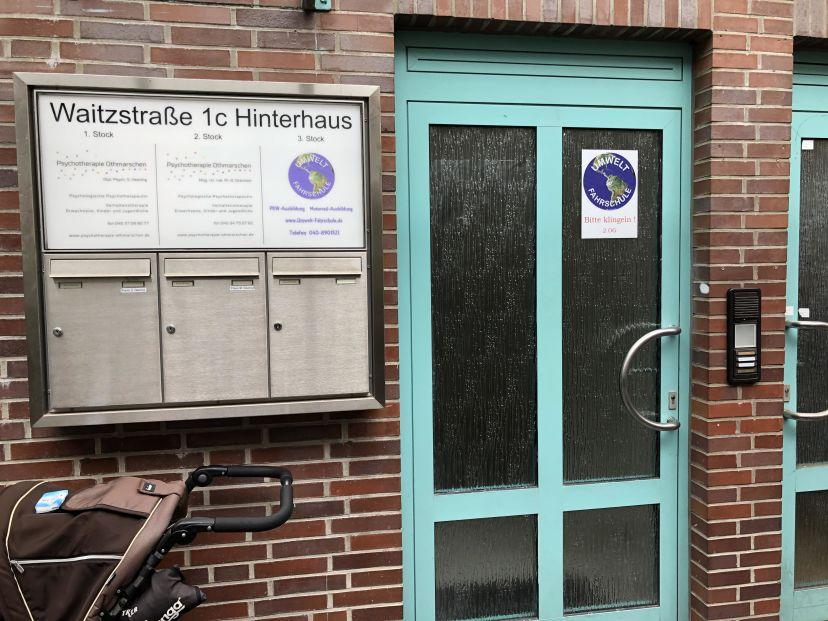 School Umwelt Fahrschule Inh. M. Fischer Othmarschen 1