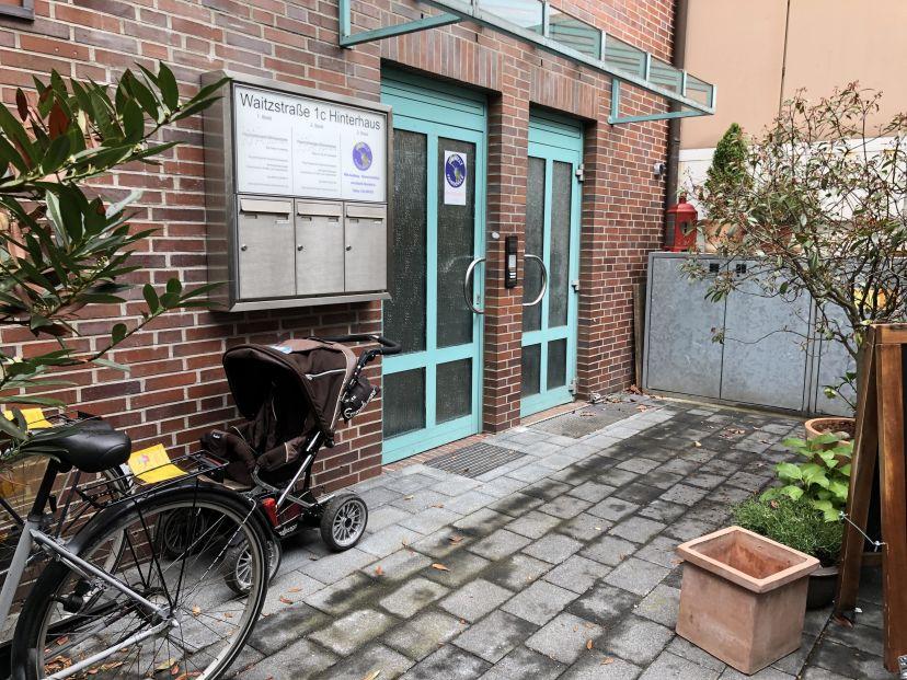 School Umwelt Fahrschule Inh. M. Fischer Othmarschen 2