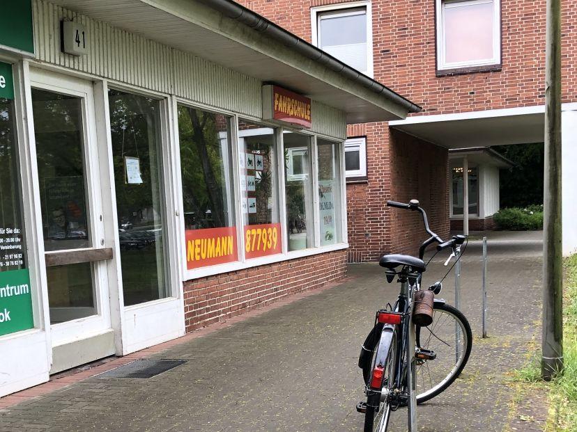 Fahrschule  Inh. Wolfgang Neumann Hamburg Iserbrook 2