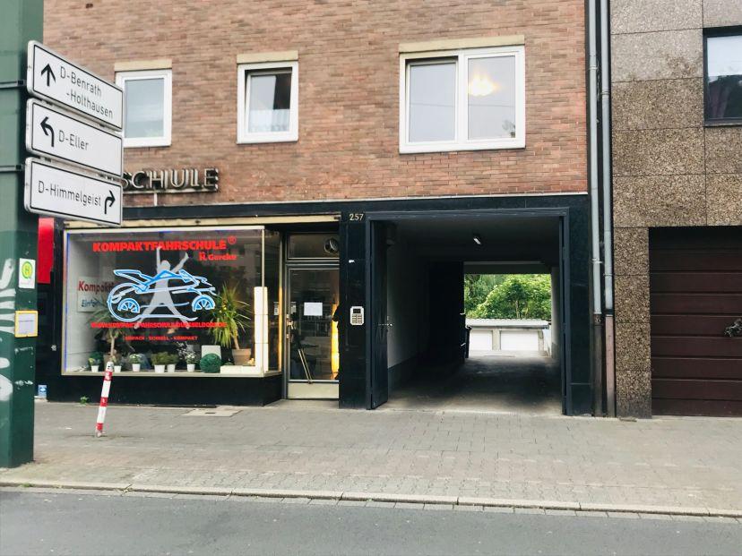 Fahrschule Kompaktfahrschule Holthausen 1