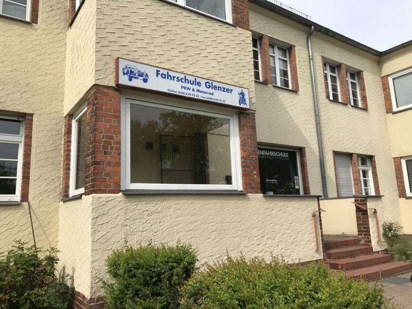 Fahrschule Glenzer Kleinmachnow 3