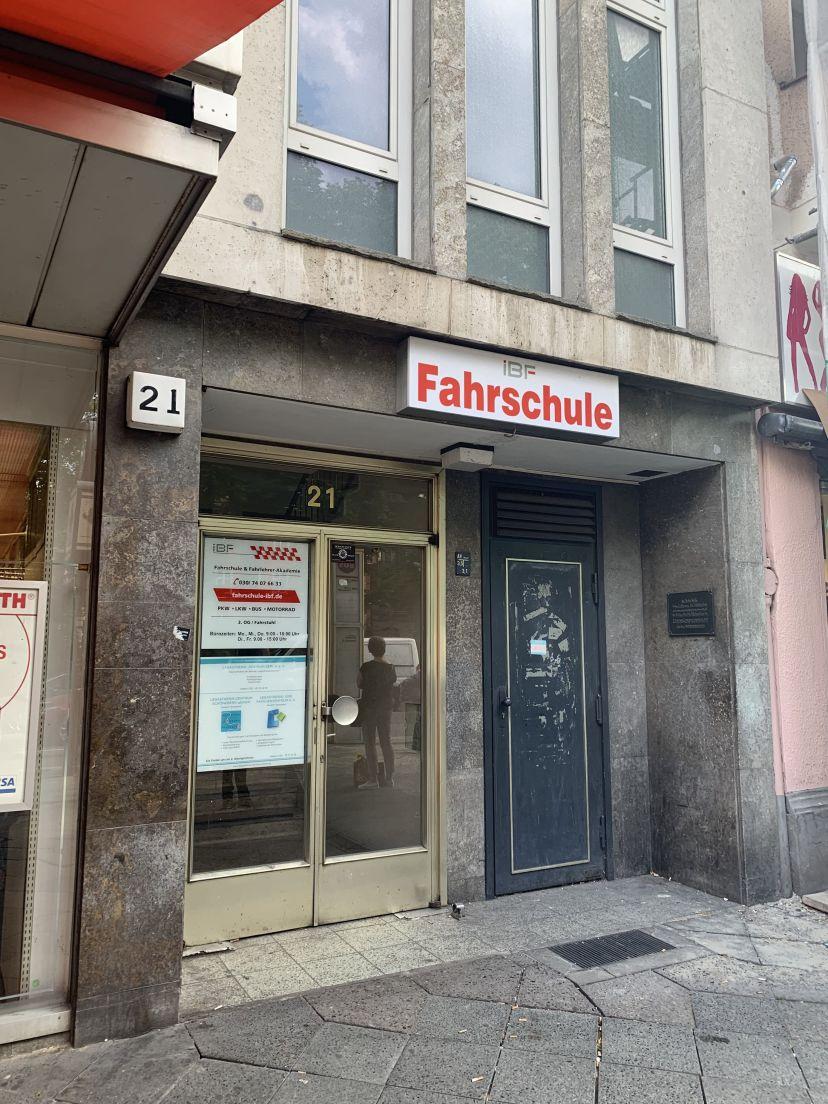 Fahrschule IBF Internationales Bildungs- und Fahrschulzentrum Berlin Bezirk Tempelhof-Schöneberg 1