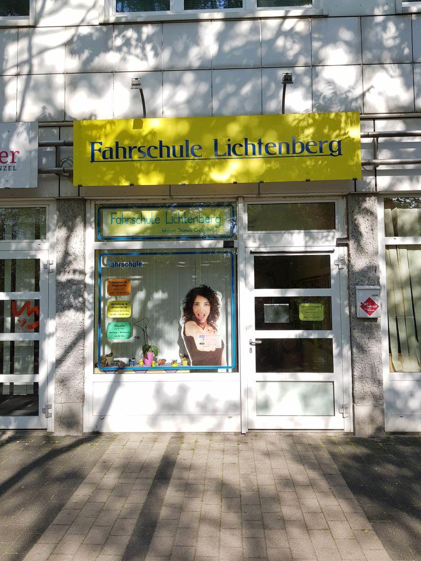 School Fahrschule Lichtenberg 1