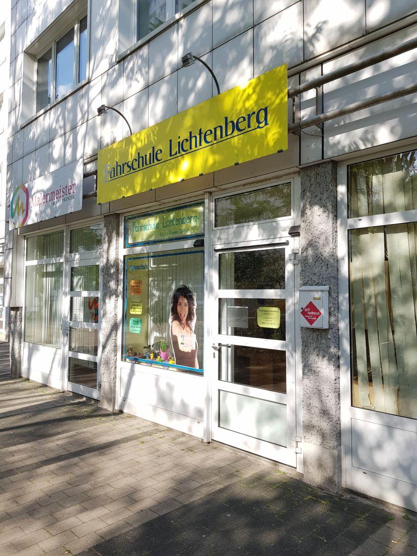 School Fahrschule Lichtenberg 3