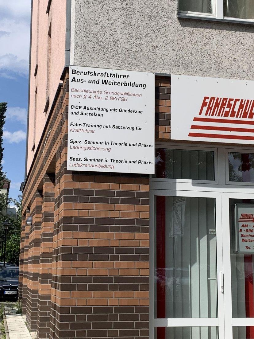 Fahrschule Eulert - Grimmstraße Großziethen 5
