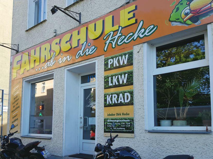 Fahrschule ...ab in die Hecke - Pohlestraße Oberschöneweide 1