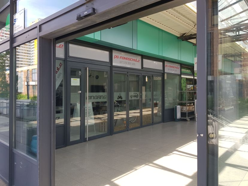 Fahrschule Verkehrsakademie PS Gehrmann GmbH - Helene-Weigel-Platz Biesdorf 2