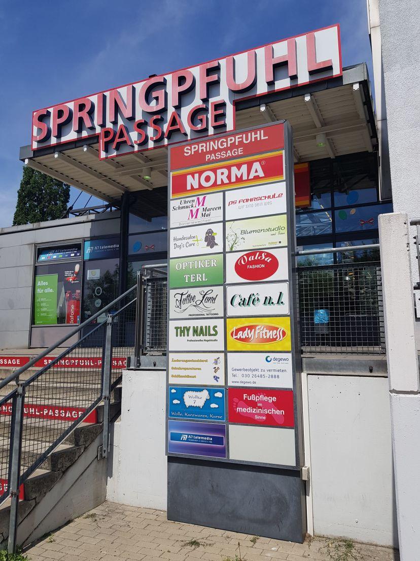 Fahrschule Verkehrsakademie PS Gehrmann GmbH - Helene-Weigel-Platz Berlin Hellersdorf 4
