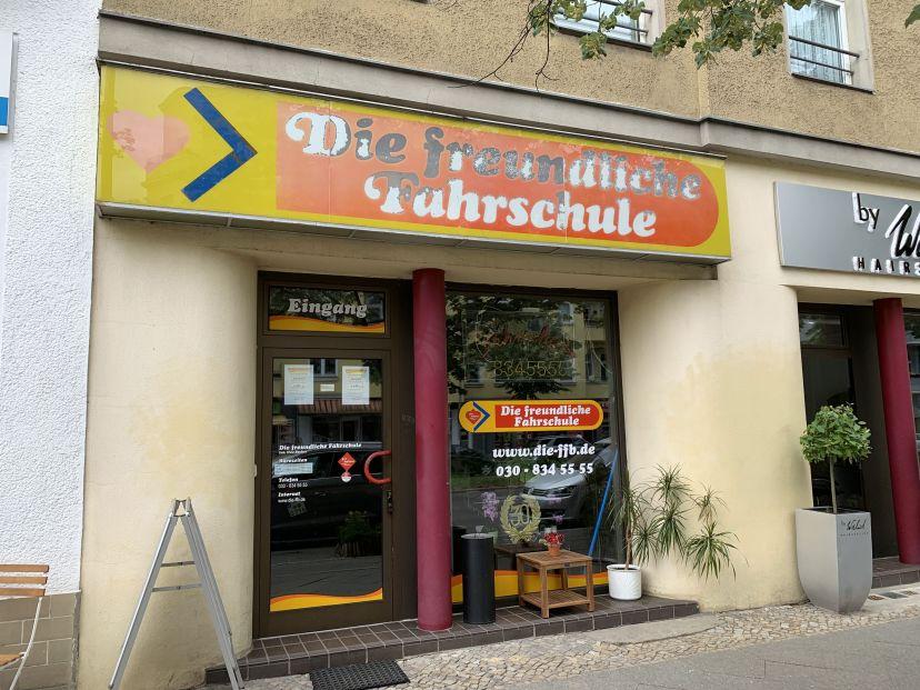 Fahrschule Die freundliche Berlin Bezirk Steglitz-Zehlendorf 1