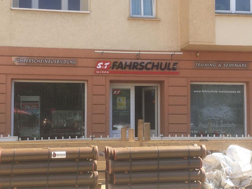 Fahrschule S&T GmbH - Gustav-Adolf-Straße Berlin Pankow 1