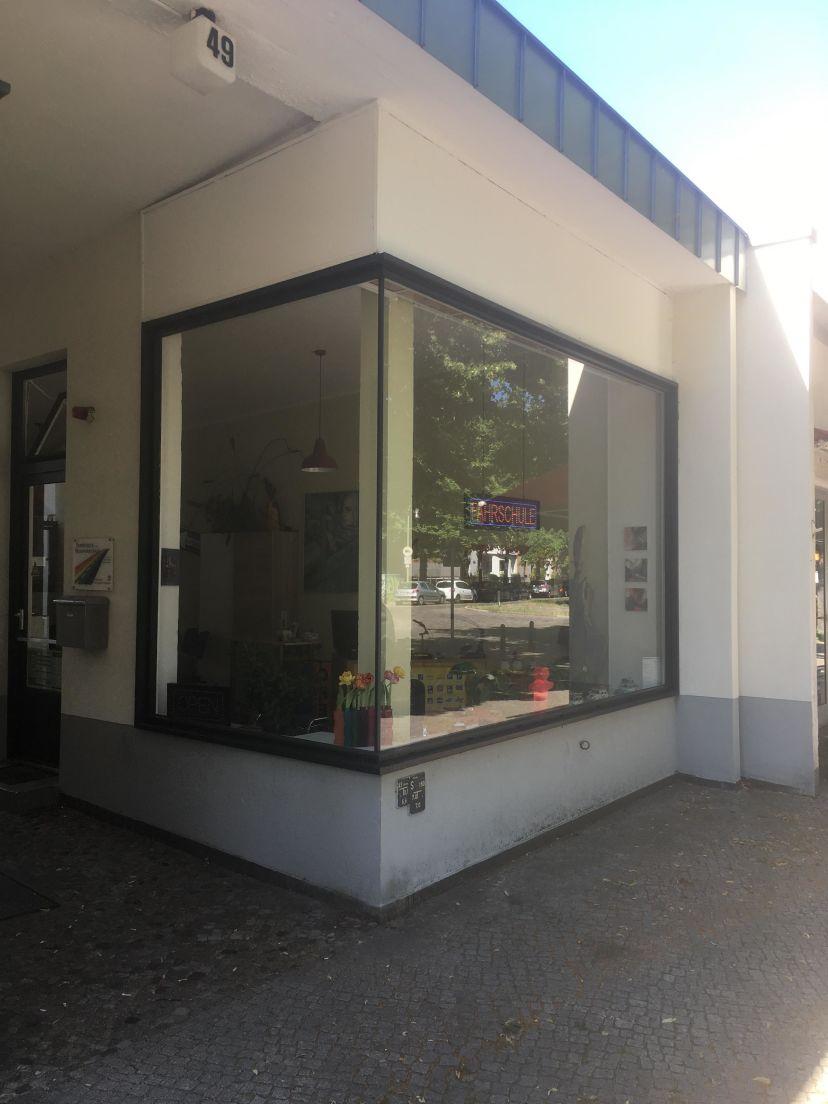 School Fahrschule Weiberwirtschaft Berlin Reinickendorf 2