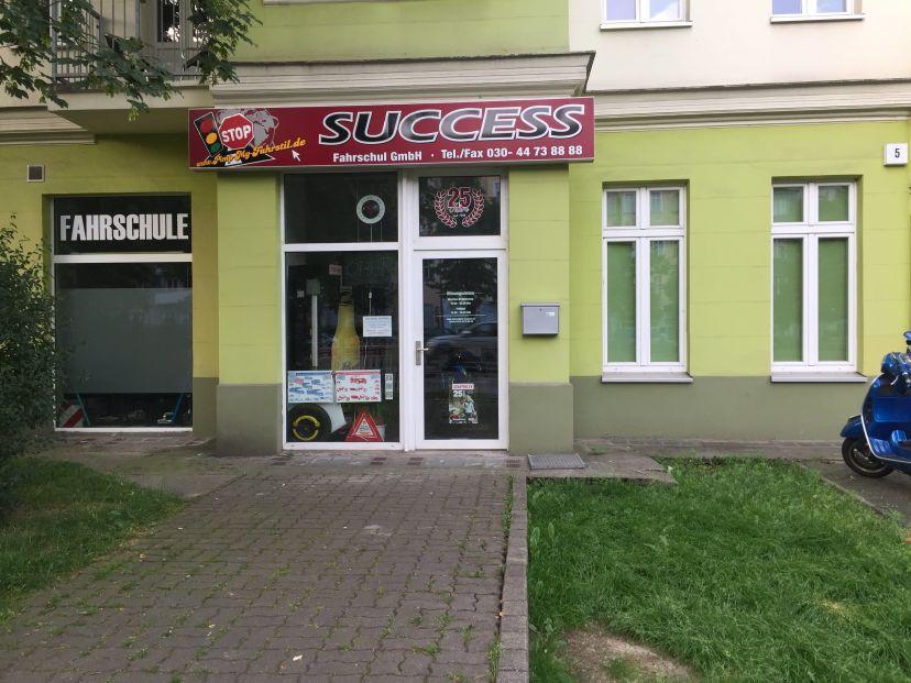 Fahrschule SUCCESS Fahrschul GmbH - Wisbyer Str. 5 Berlin Bezirk Pankow 1