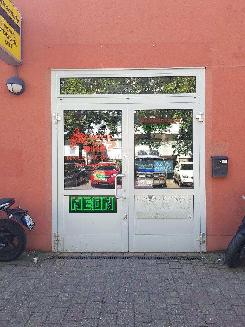 Fahrschule Neon - Nienhagener Str. Berlin Neu-Hohenschönhausen 1