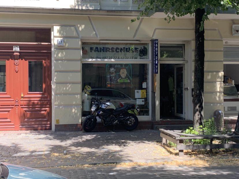 Fahrschule Am Karl-Marx-Platz Neukölln 1
