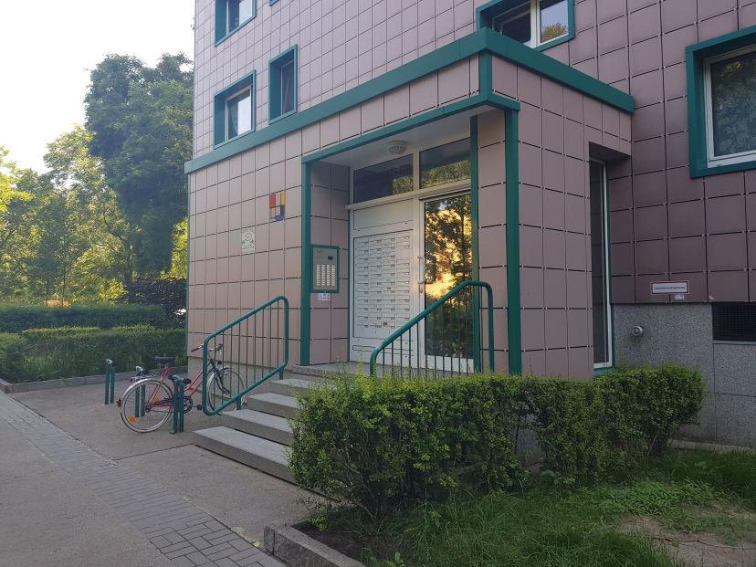 Fahrschule R & U Neu-Hohenschönhausen 1