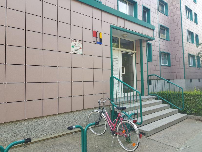 Fahrschule R & U Neu-Hohenschönhausen 2