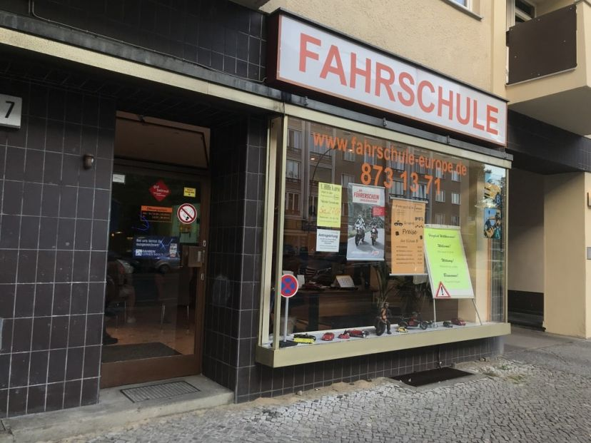 School Fahrschule Europe Blissestr Wilmersdorf 2