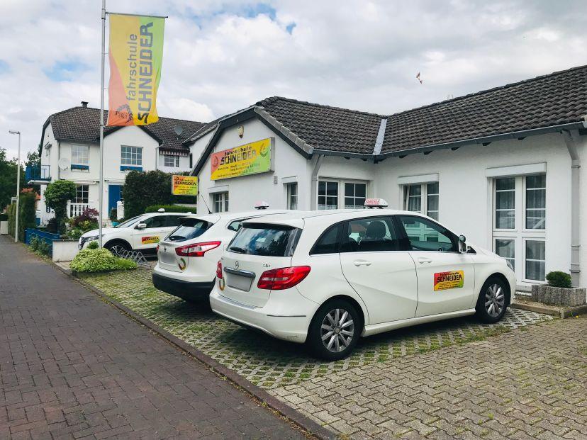 Fahrschule Schneider - Tannenbusch 5