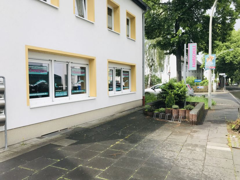 Fahrschule Tönnessen J. -  Hardtberg Lessenich 3