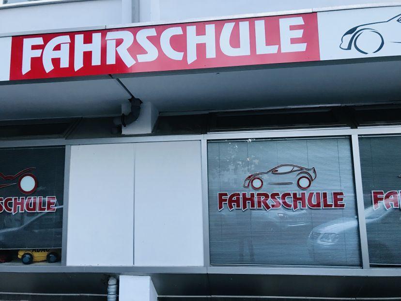 Fahrschule Fahrschul-Center - Inh. Frank Andrzejewski Tannenbusch 2