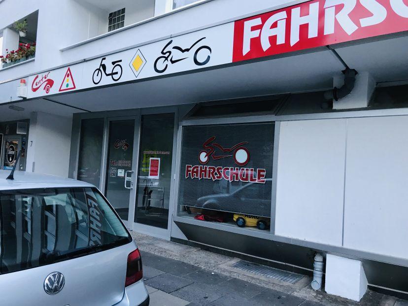 Fahrschule Fahrschul-Center - Inh. Frank Andrzejewski Tannenbusch 4