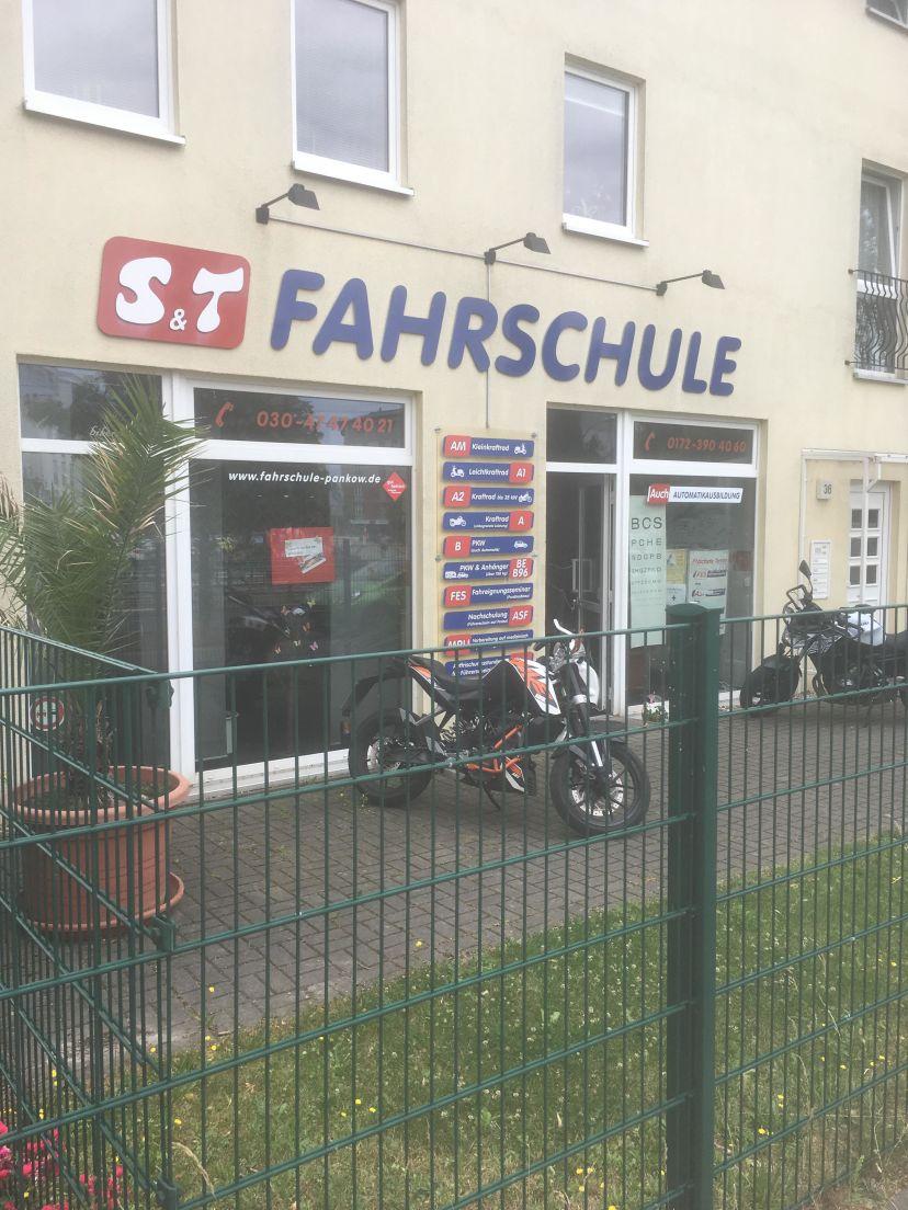 Fahrschule S&T GmbH - Rosenthaler Weg Berlin Pankow 3