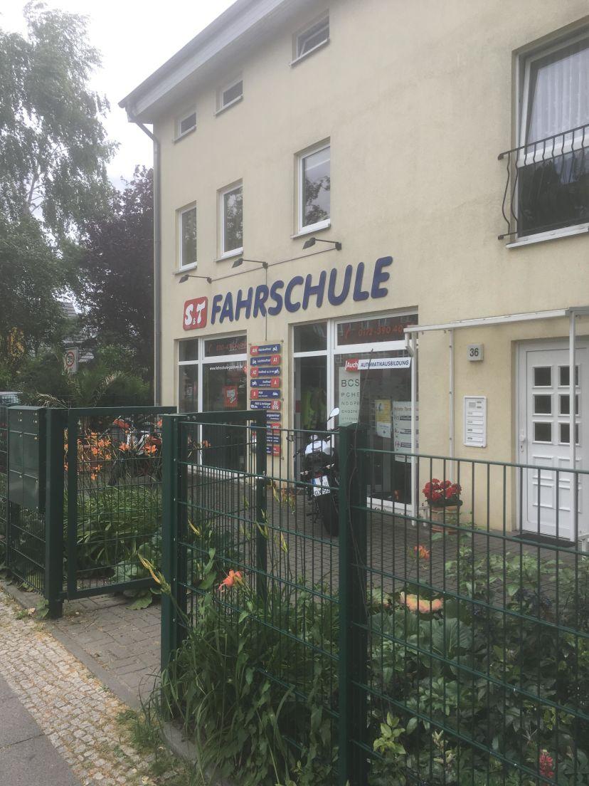 Fahrschule S&T GmbH - Rosenthaler Weg Berlin Pankow 2
