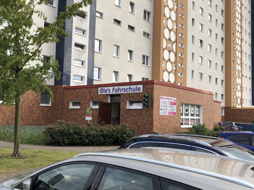 Fahrschule Ole's Inh. Norbert Olen Stein Schmarl 1