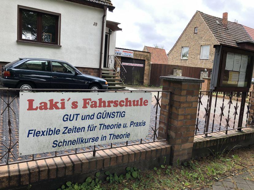 Fahrschule Lakis Rostock Dierkow-Ost 3