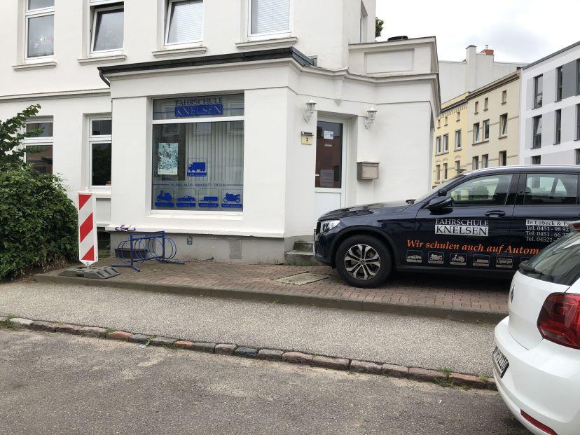 Fahrschule Knelsen - Lützowstr.2 Eutin 2