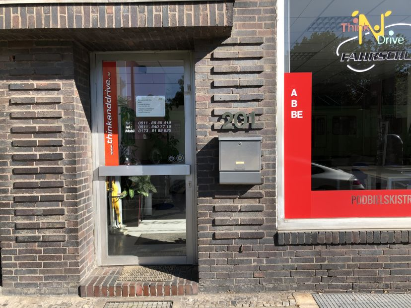 Fahrschule Think'N'Drive Parvis GmbH Sahlkamp 2