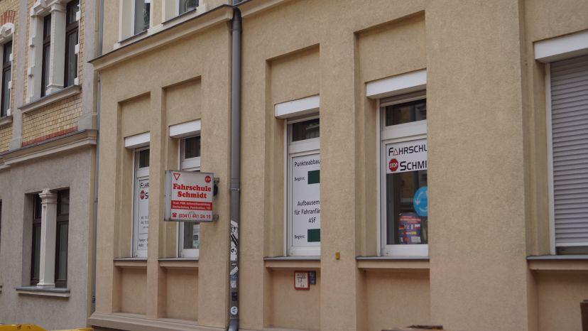 Fahrschule Schmidt Hans-Jürgen Altlindenau 3