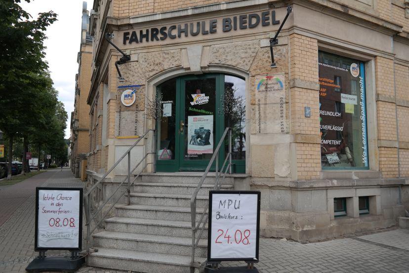 Fahrschule Biedel Pieschen-Süd 4