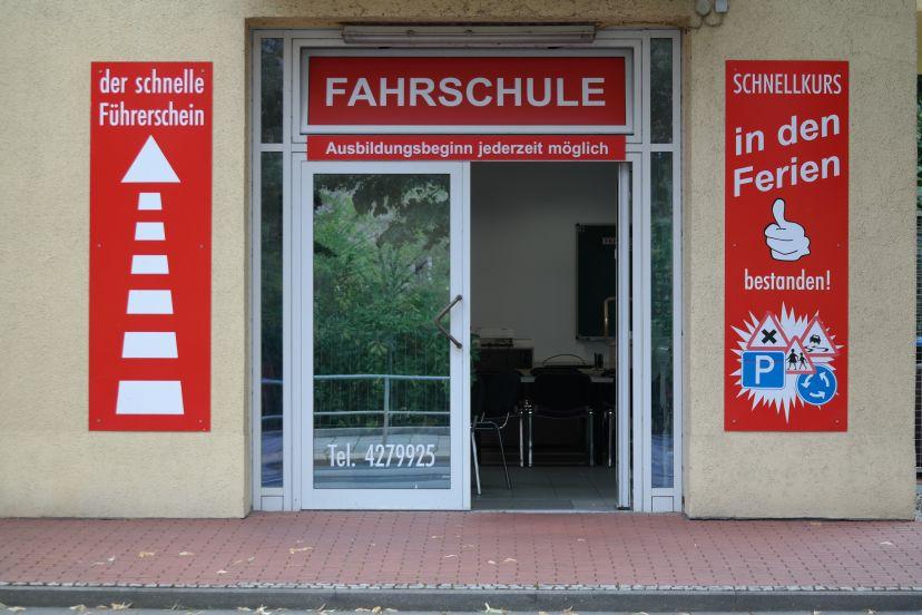 School Rother Mike Fahrschule Gorbitz-Ost 1