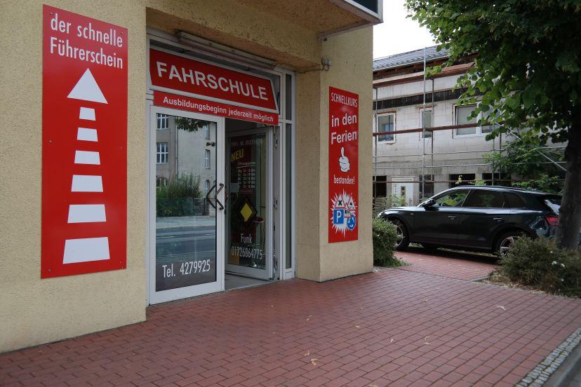 School Rother Mike Fahrschule Gorbitz-Ost 2