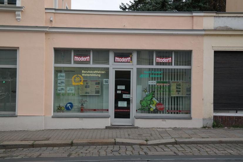 Fahrschule Modern Dresden Cotta 1