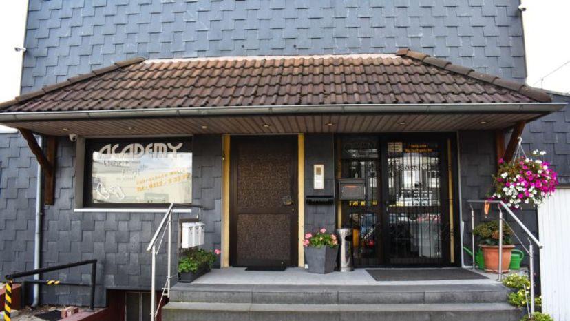 School Academy Fahrschule Müller GmbH Solingen-Mitte 1