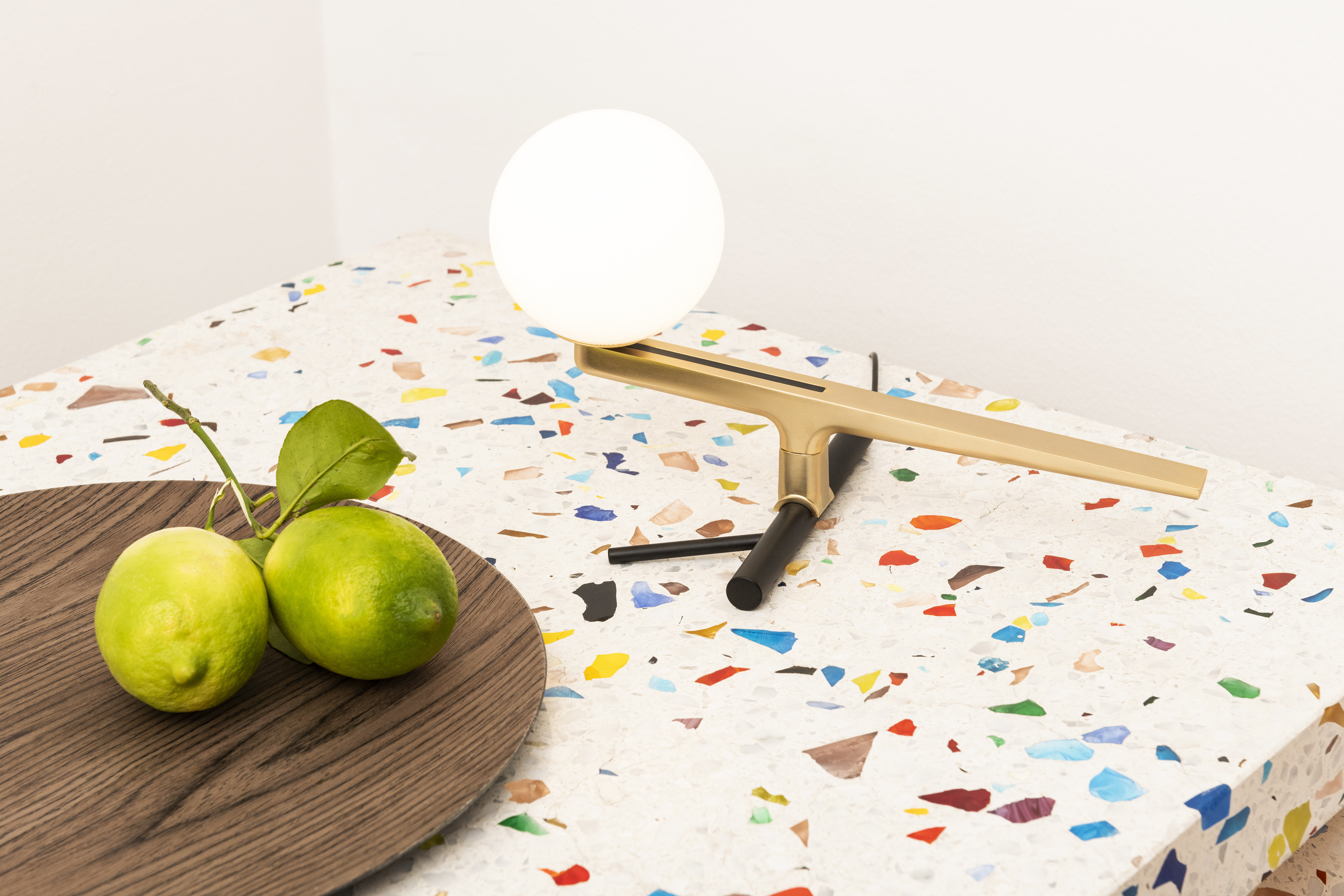 Yanzi Table Lamp