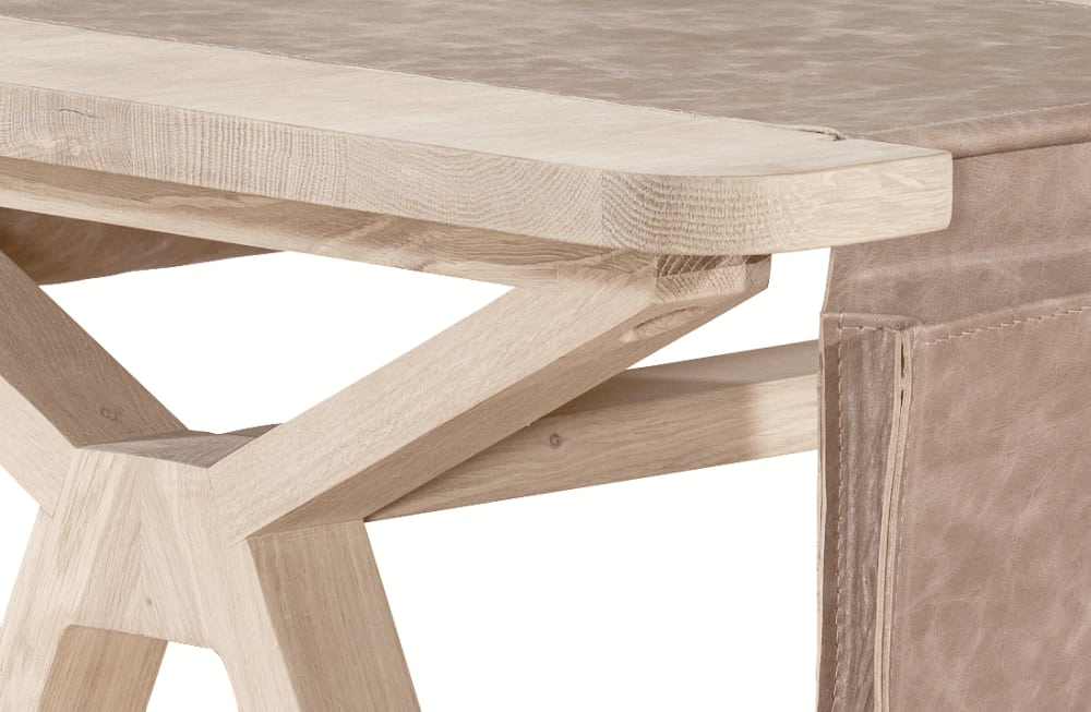 Bolsa desk - oak (detail)