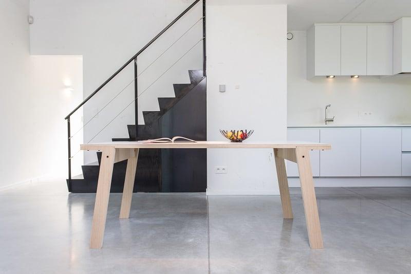 rform Flat Table - Oak Wood Veneer