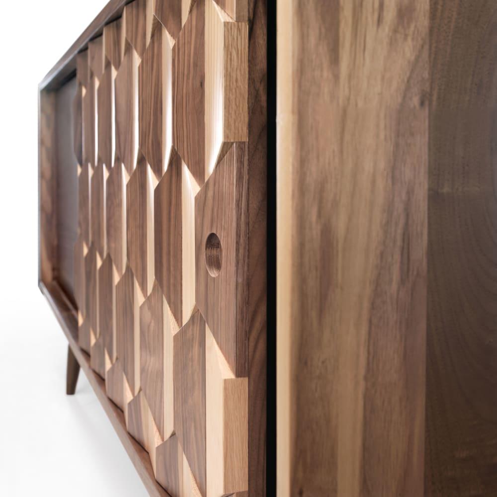 Scarpa Sideboard - walnut (detail)